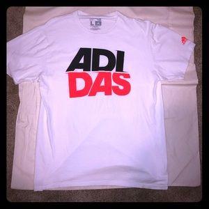 Sick split Adidas logo T-shirt! Flawless !!
